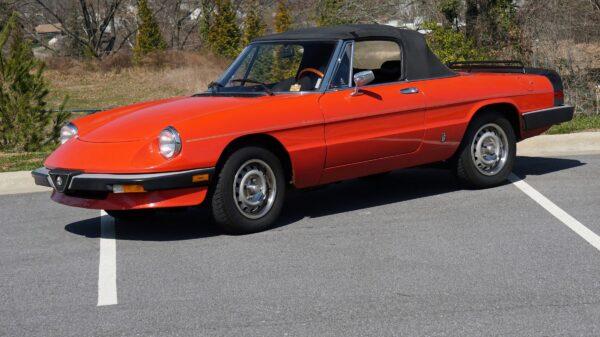 Alfa Romeo Spider Graduate (1985)